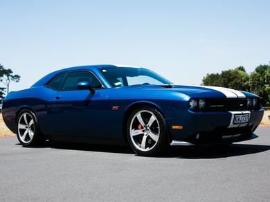 Dodge Challenger SRT8 6.4L MANUAL