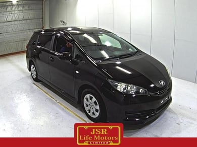 Toyota Wish 1.8X HID selection