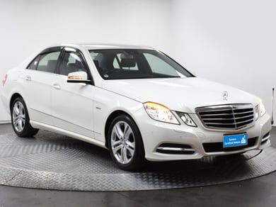 Mercedes-Benz E350 Bluetech Avantgrade
