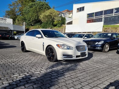 Jaguar XF 3.0 LUXURY