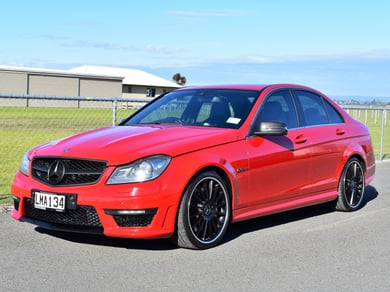 Mercedes-Benz C 63 C63/AMG/336kw/600nm/6208cc/V8
