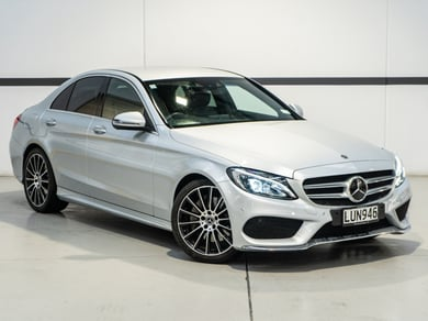 Mercedes-Benz C 300 AMG Line *NZ NEW*