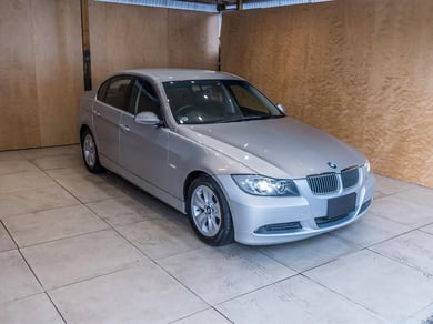 BMW 323i 2490CC LOW KMS
