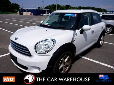 Mini Cooper COUNTRYMAN CROSSOVER, 5 DOOR, ALLOYS, STUNNING