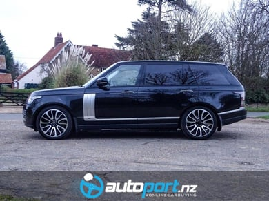 Land Rover Range Rover 4.4 SD V8 Autobiography LONG BASE