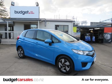 Honda Fit Hybrid RevCam New Shape