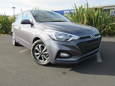 Hyundai i20 1.4P/4At