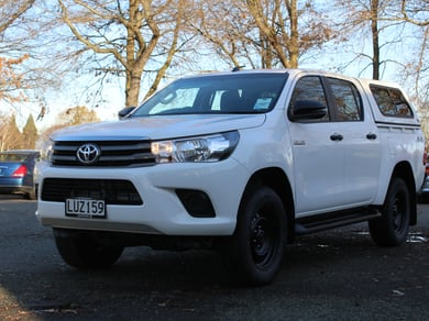 Toyota Hilux SR 2.8 Turbo Diesel 4WD 6 Speed Auto