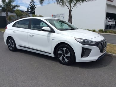 Hyundai Ioniq Hybrid 1.6Ph/6Am