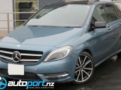 Mercedes-Benz B 180 Blue Efficiency Sports Night Package
