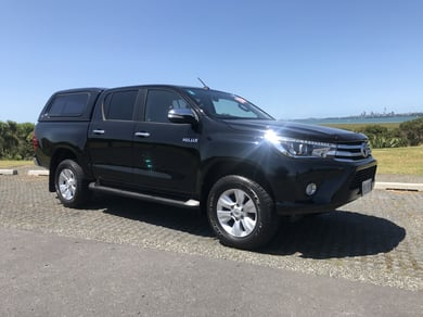 Toyota Hilux 2WD SR5 2.8DT DOUBLE CAB UTE/4 6AT