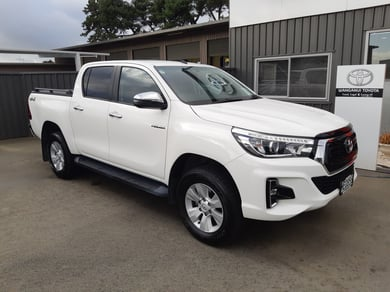 Toyota Hilux SR5 4wd Automatic