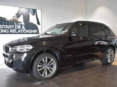 BMW X5 xDrive 30d M Sport + Family Pack