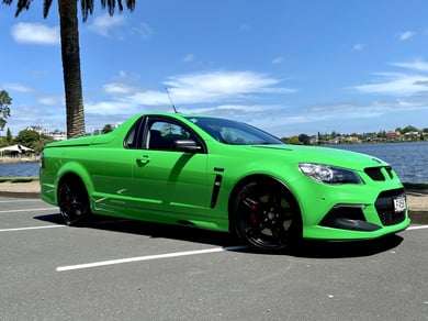 Holden HSV Maloo R8 Ute HSV GEN-F Maloo R8 LSA 30th Manual