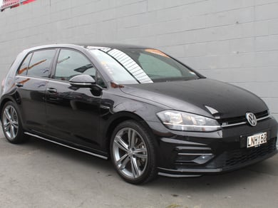 Volkswagen Golf 1.4 TSI Highline R-LINE Hatch Petrol DSG