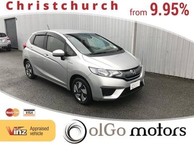 Honda Fit 1.5 Hybrid new shape Low KMs