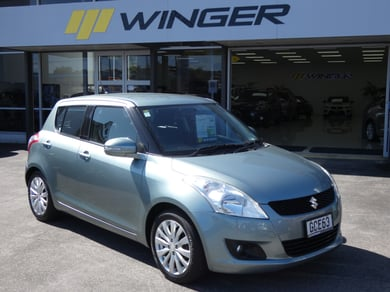 Suzuki Swift LTD Auto